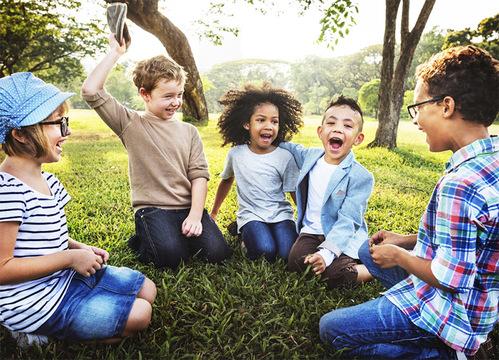 男女の区別なく育てる「ジェンダーニュートラルな幼稚園」が子どもの将来を変えるかもしれない