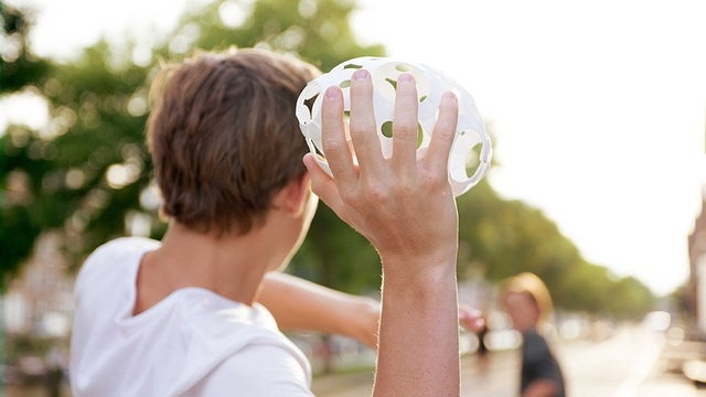 ボールになるパズルなら屋内外でいろいろ遊べる【今日のライフハックツール】