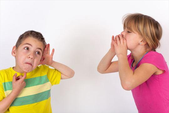 自分の声が他人の耳にはどう聞こえているか調べる方法