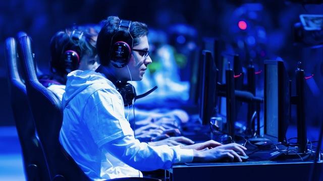 ビデオゲームは必ずしも脳を破壊するわけではない:研究結果