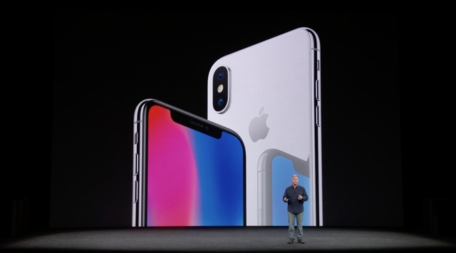 「iPhone X」は遅れて登場。10月27日予約開始、発売は11月3日ですよ
