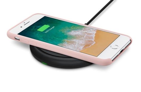 新型iPhoneにあわせ、対応アクセサリもぞくぞく登場です