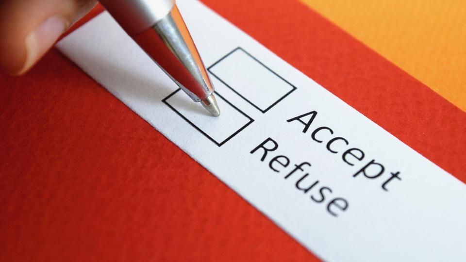 採用担当者を不快にさせずに内定を辞退する方法