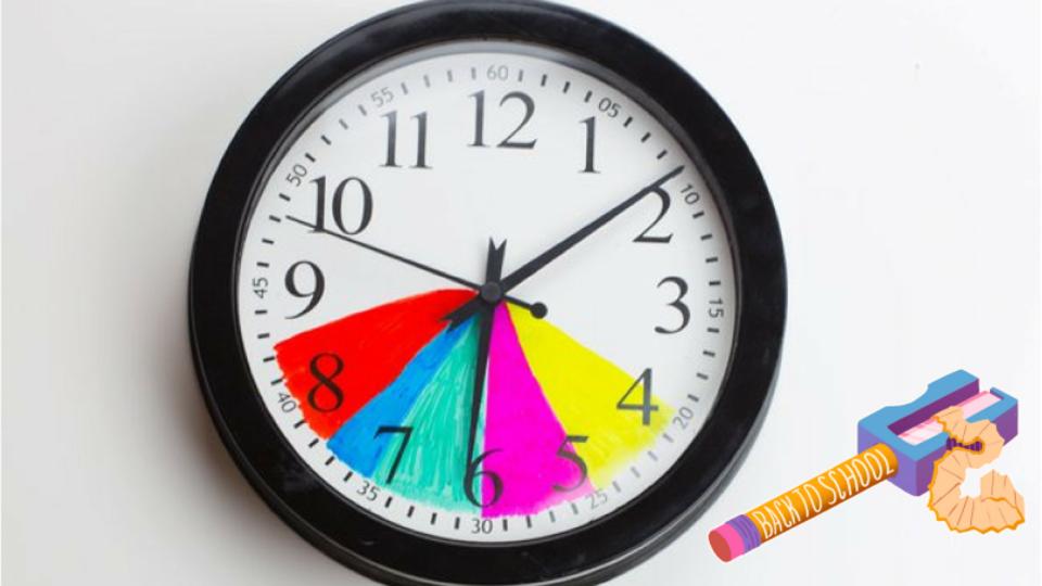 子どもの時間管理に効果的な「色分け壁時計」を作ってみましょう