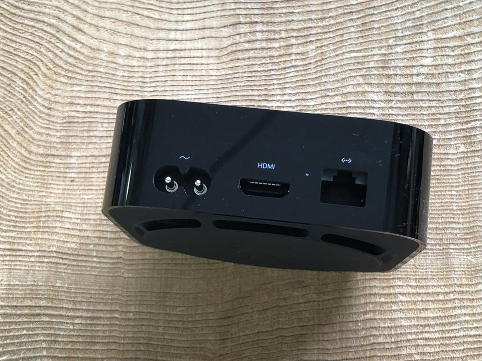 170922AppleTVunbox-06