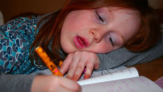 子どもの宿題が難しすぎて手に負えなくなった時の対処法