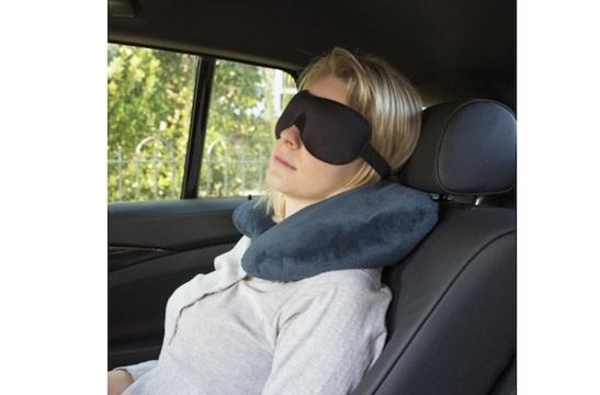 【本日のセール情報】Amazonタイムセールで80%以上オフも! 600円台の睡眠アイマスクや多機能レインコートがお買い得に