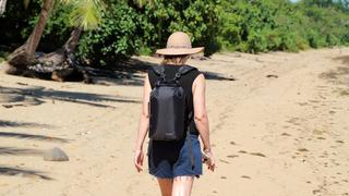 ウォッシングバッグほか日常使いができる4つの機能を搭載した完全防水バックパック【今日のライフハックツール】