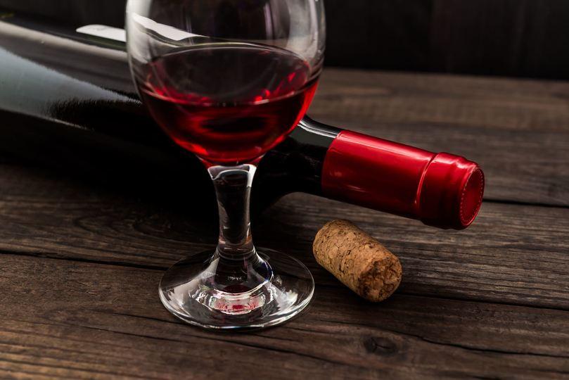 飲み切れずに酸っぱくなってしまったワインのおいしい使い道