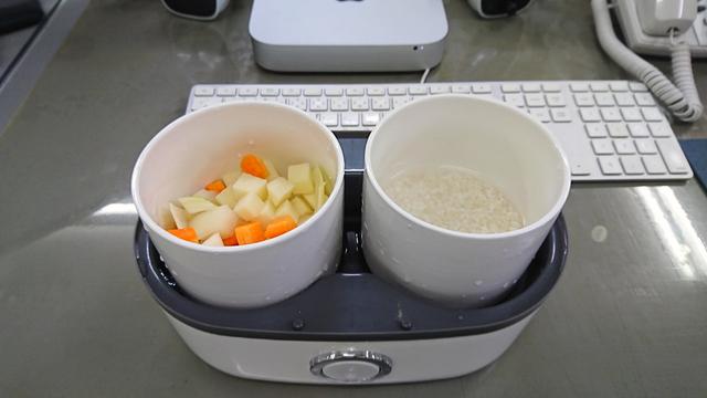 おひとり様用炊飯器があれば、オフィスで炊きたてのご飯が食べられる【今日のライフハックツール】