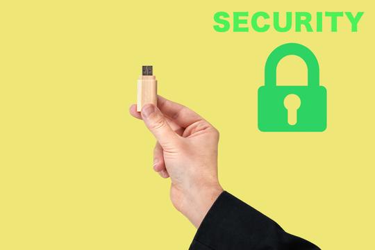 もしものときの対策を! MacとWindowsでUSBメモリを暗号化してセキュリティーを強化する方法