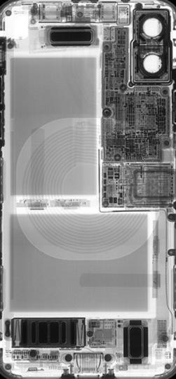中身が丸見え? 思わず二度見しそうなiPhone Xのスケルトン壁紙