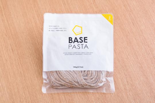 包丁要らずでお店の味に「完全栄養食 BASE PASTAのつけ麺」