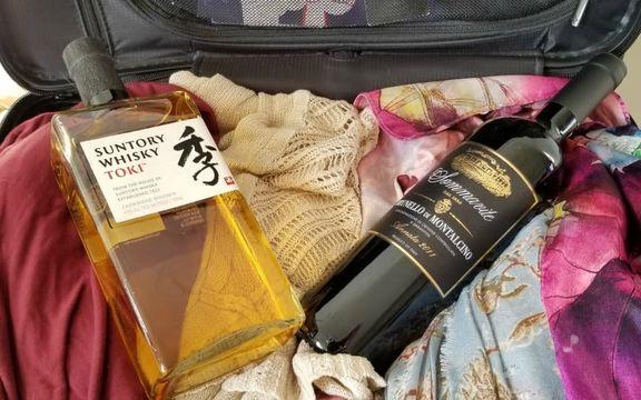 旅先からビールやワインをスーツケースに入れて安全に持ち帰るコツ