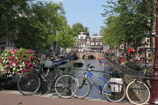 自転車に乗ることは自由を手に入れること ―オランダの自転車事情―