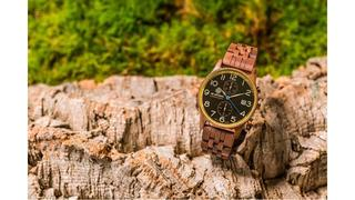 木を身にまとう。世界にひとつだけのオーガニック腕時計「AB AETERNO」