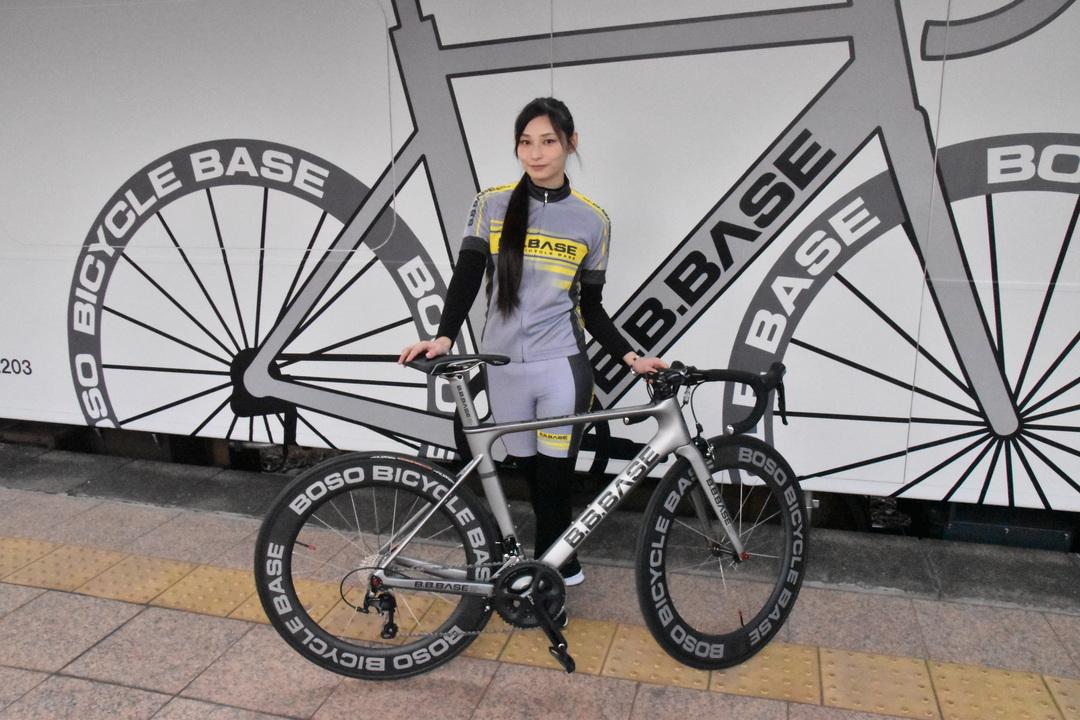 20181005_cyclist_woman