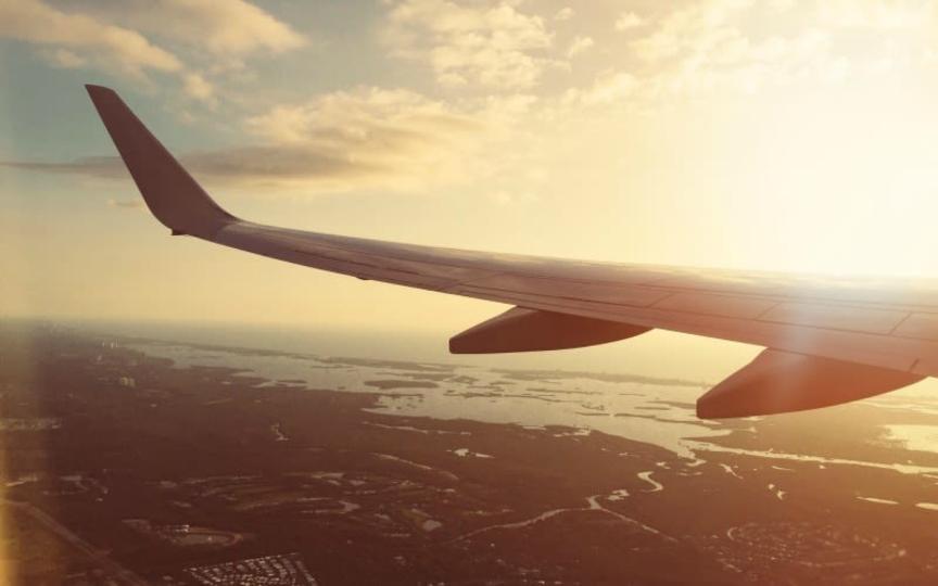 航空券を買うなら1月がお得:調査結果