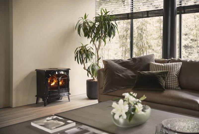 揺らめく火をずっと眺めていたい。温かさを目で感じる「暖炉型ヒーター」まとめ