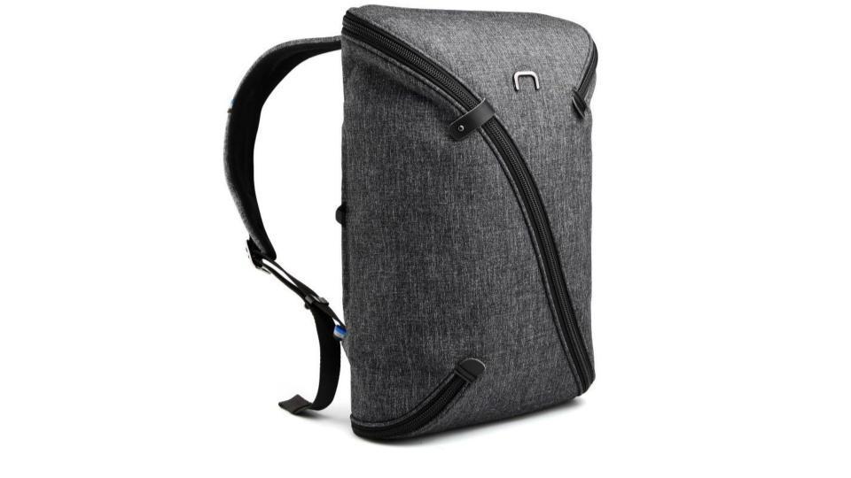 オシャレで多機能なバッグが欲しい?なら変幻自在の多機能バッグ「UNOⅡ」は候補になるはず
