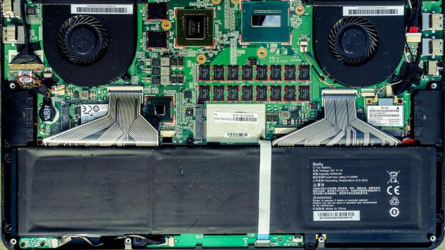 MacBookのバッテリーの劣化具合は「充放電回数」を調べればわかる