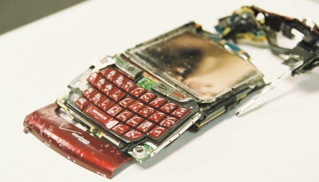スマホのバッテリーが発火した時の対処法