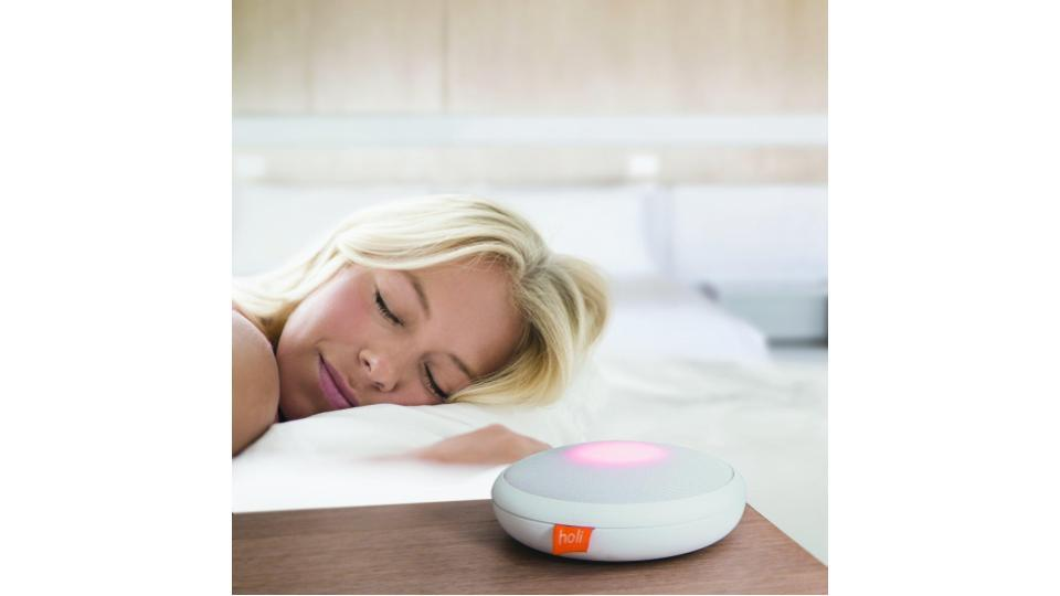 LEDライトで呼吸法をでガイドしてくれる。安眠ガジェット「Good Vibes」