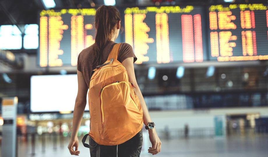 旅行中の荷物を「機内持ち込み手荷物」だけにしぼる方法