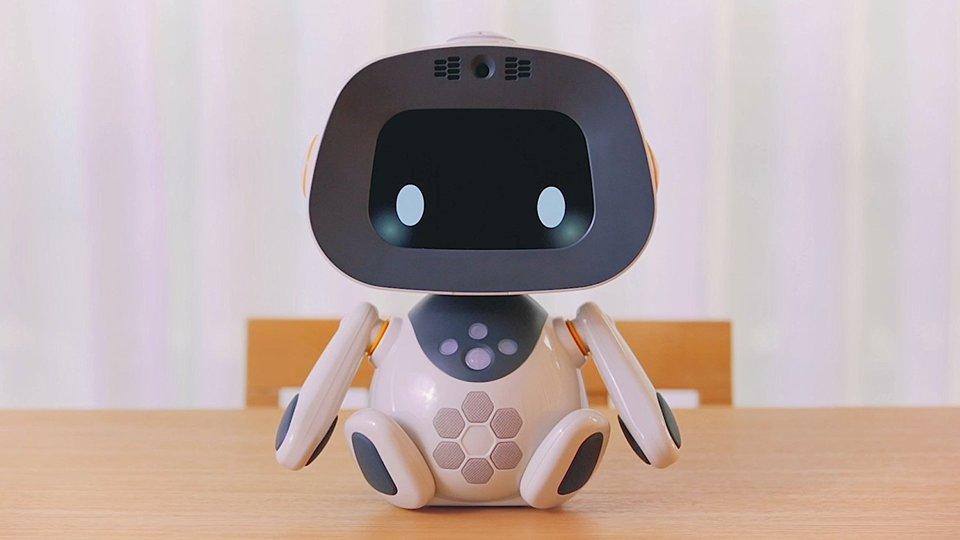 ロボットが表情を変える? 学習型パートナーロボット「unibo(ユニボ)」