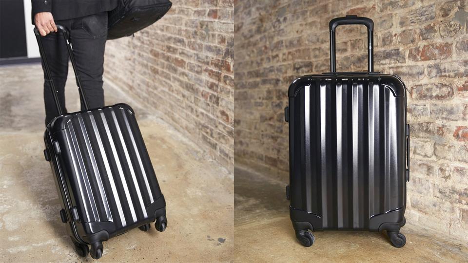 容量43L×超軽量2.8kgなのに驚くほど安価な高コスパスーツケース【今日のライフハックツール】