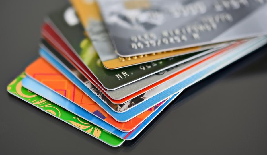 【rss】.海外ノマドワーカーおすすめ、お得で安心なクレジットカード2018年度版