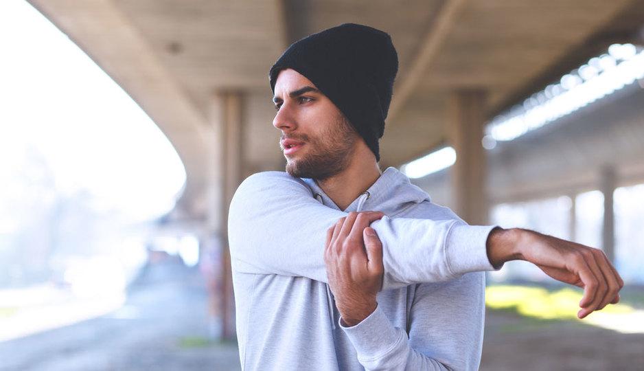 運動をすれば幸福度が上がる、ピークは毎日22分以上の運動量:研究結果
