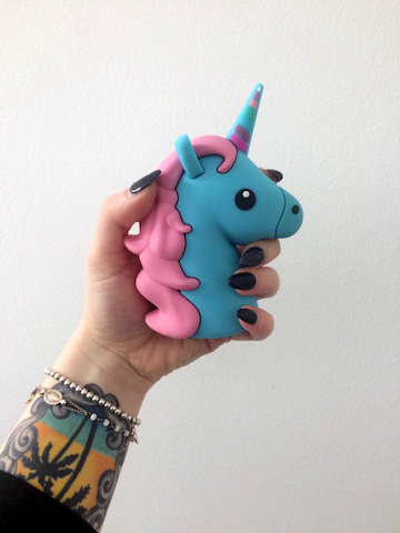 Mojipower-BlueUnicorn_1