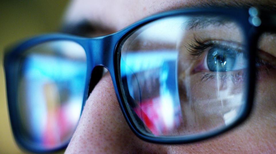 「ブルーライト 眼科学会」の画像検索結果