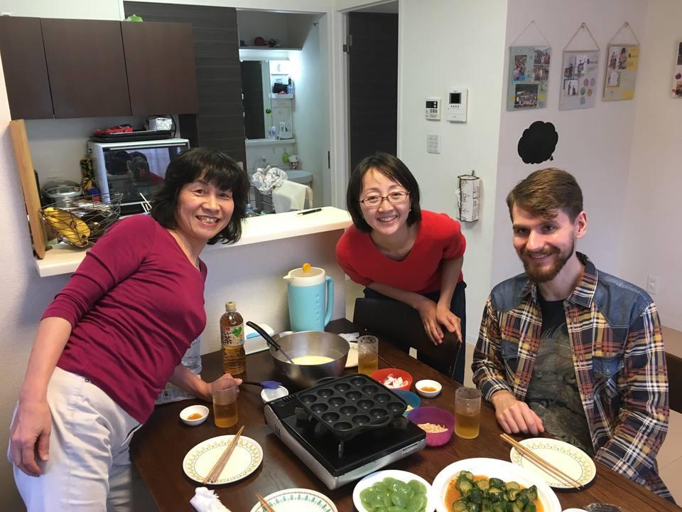 nagomi-takoyaki-party