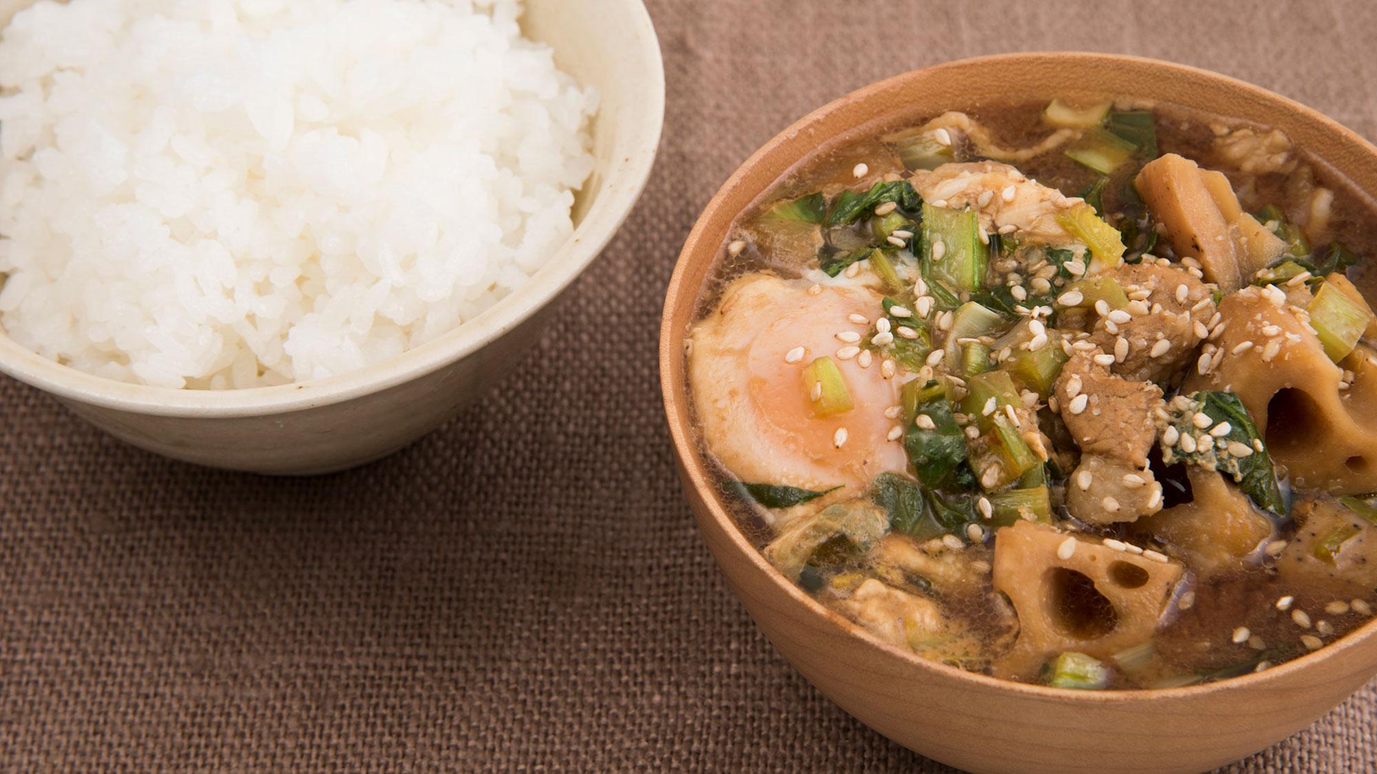 時短でおいしい究極の夕食!料理家ワタナベマキさんのボリュームみそ汁レシピ
