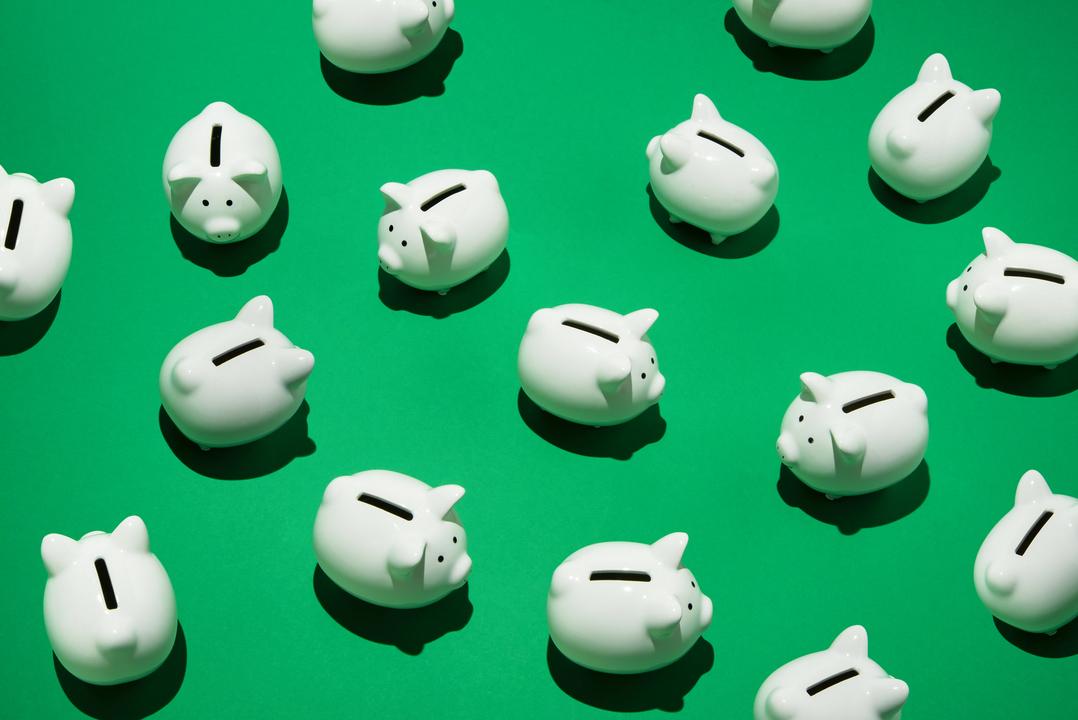 無駄遣いしてないはずなのに、貯金できない…。そんなあなたにクレジットカードを使って消費や浪費を投資に変える賢い活用方法を紹介します。