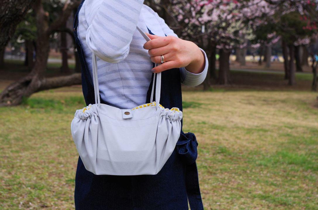 「広がるランチバッグ」を持って公園へGO!