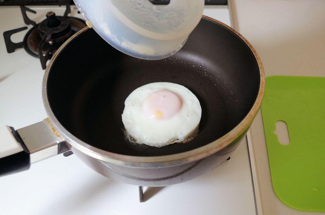 『フローチポッド』きれいな丸い形の目玉焼きができた