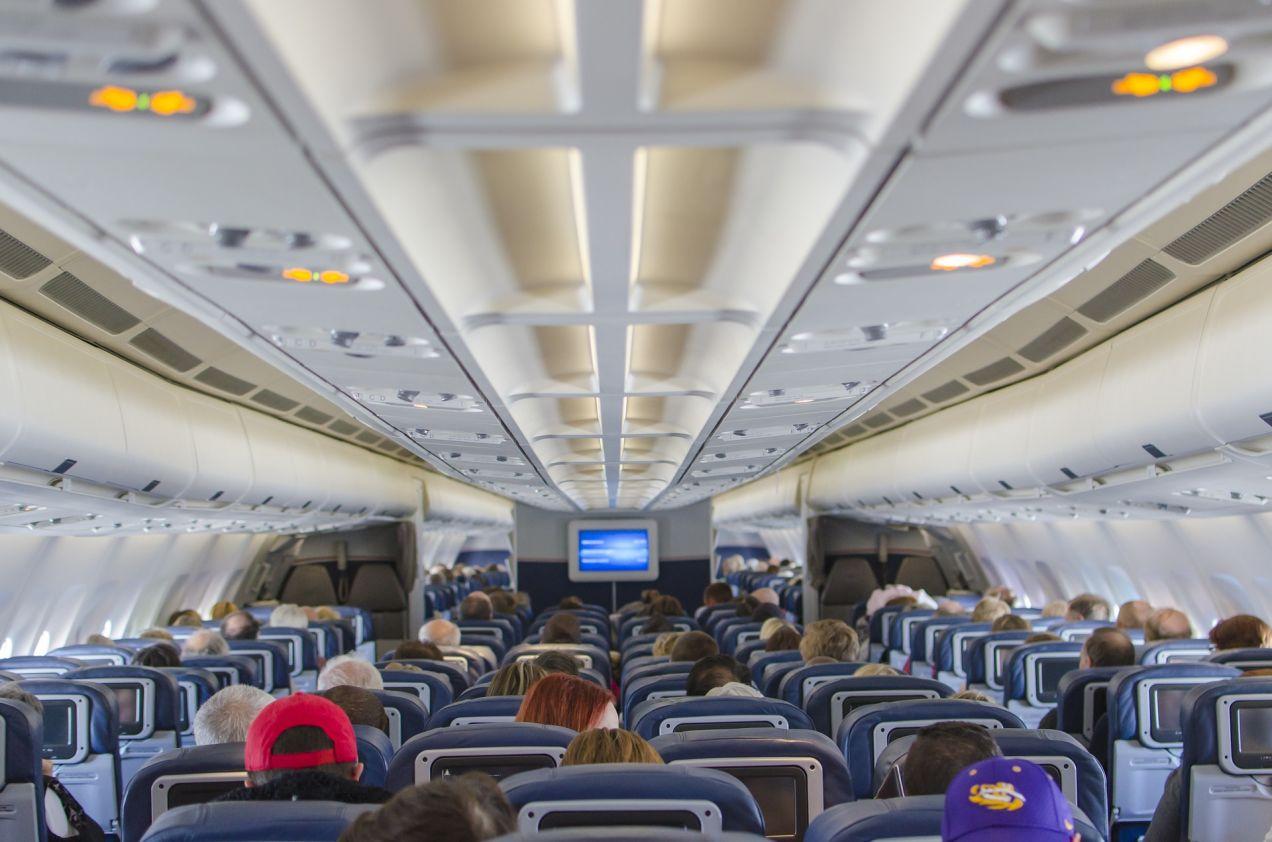 飛行機内のシート
