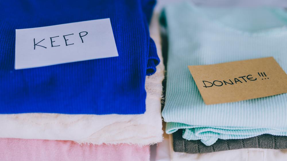 洋服の仕分け