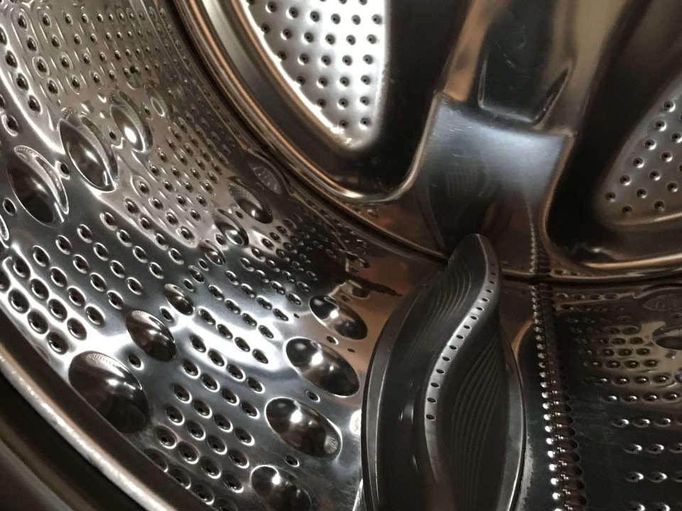 ドラム式洗濯機のなかのゴミ