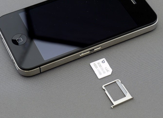 smartphone-with-sim-card
