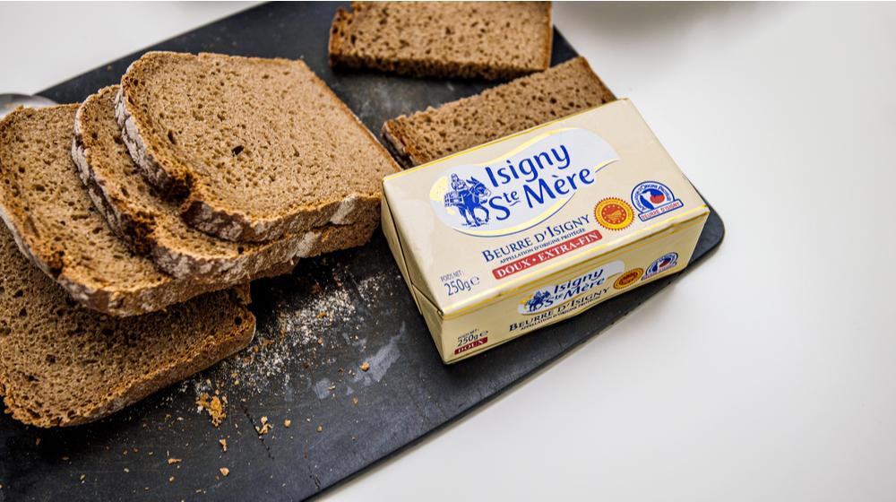 ドイツパンとバター
