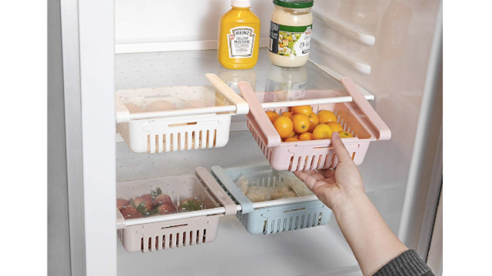 Photo of The storage capacity is improved just by hooking, and it is easy to take out. Drawer to be retrofitted in refrigerator