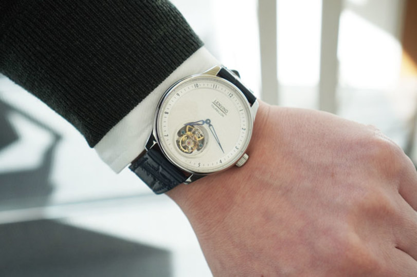 """Photo of The adult watch """"Tour02"""" that adds elegance to the wrist was a gem full of attention to detail"""