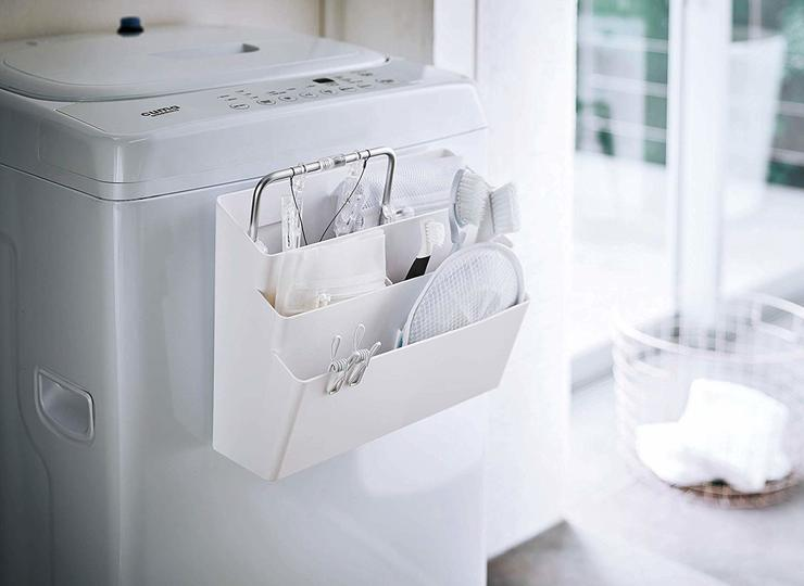 Photo of Just attach to the washing machine. Magnet-type pocket that can be fully stored and classified in a three-stage system with partitions