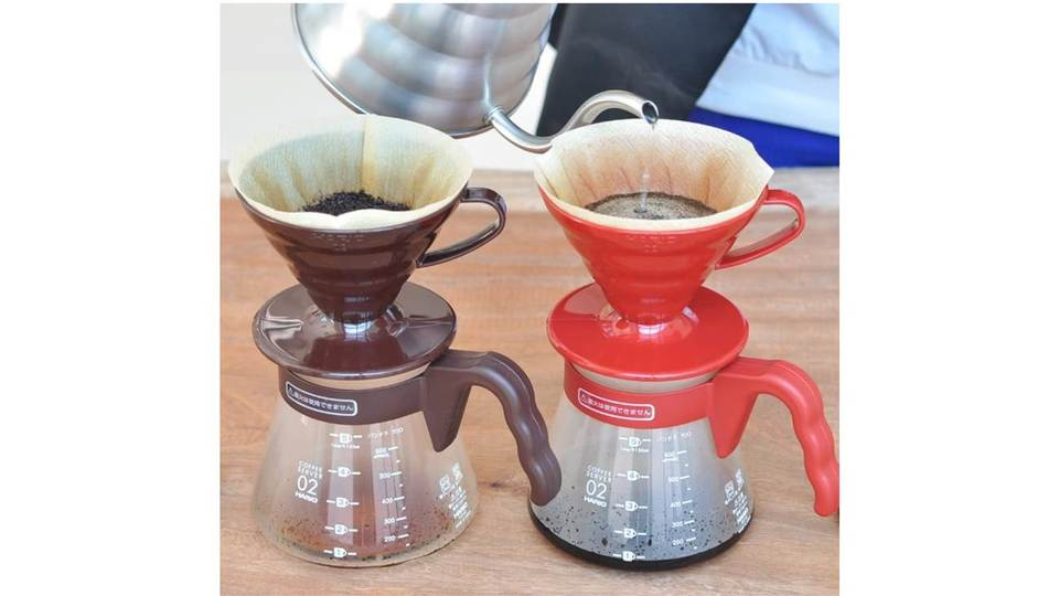 Photo of Set with measuring spoon and filter on HARIO server & dripper at 900 yen level