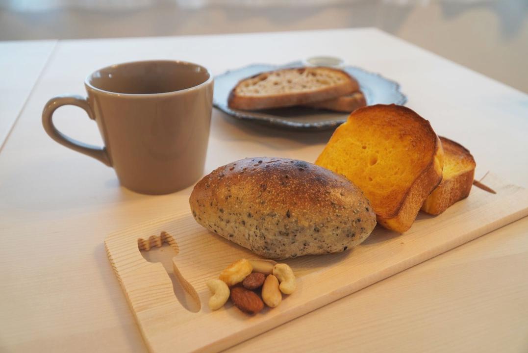 トーストしたパン3種