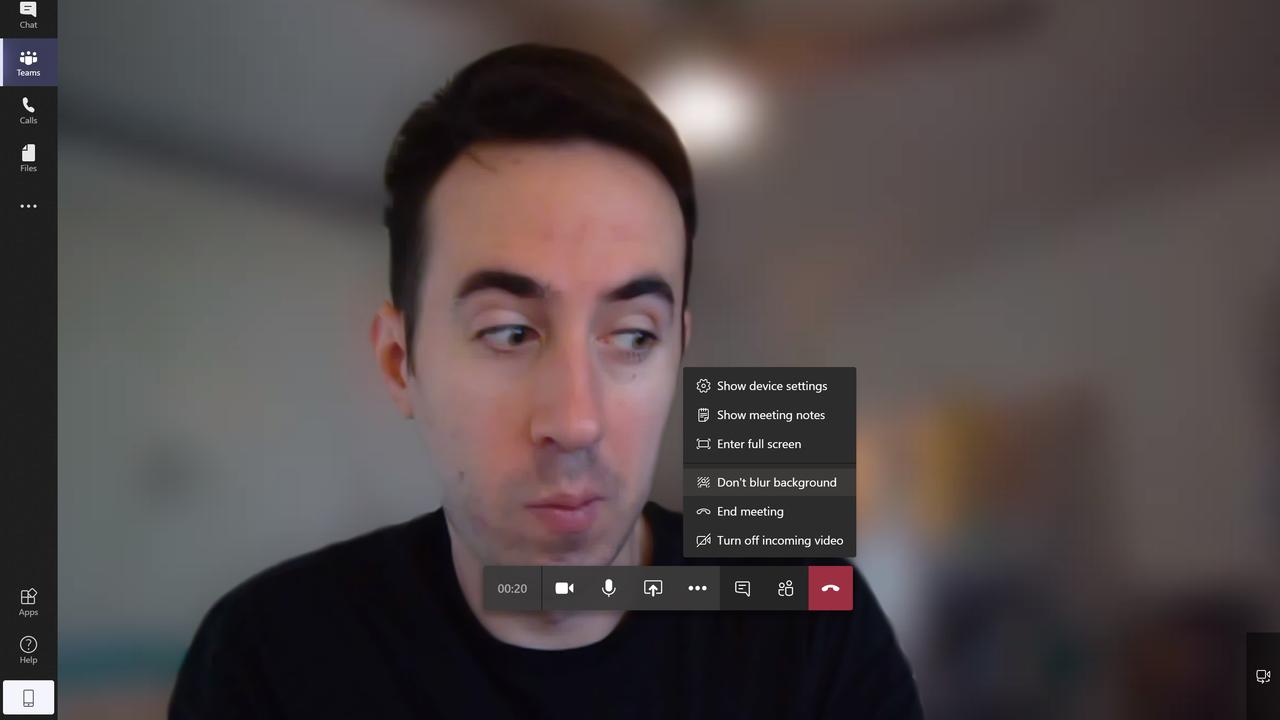 ビデオチャットを開いて「その他のオプション」を開く